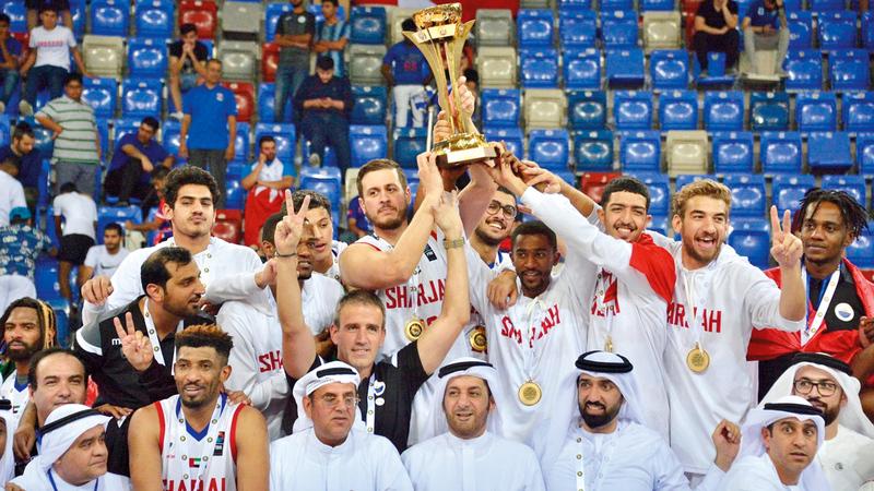 فريق الشارقة (بطل خليجي 2018 و2019) يمثل السلة الإماراتية في البطولة العربية. من المصدر