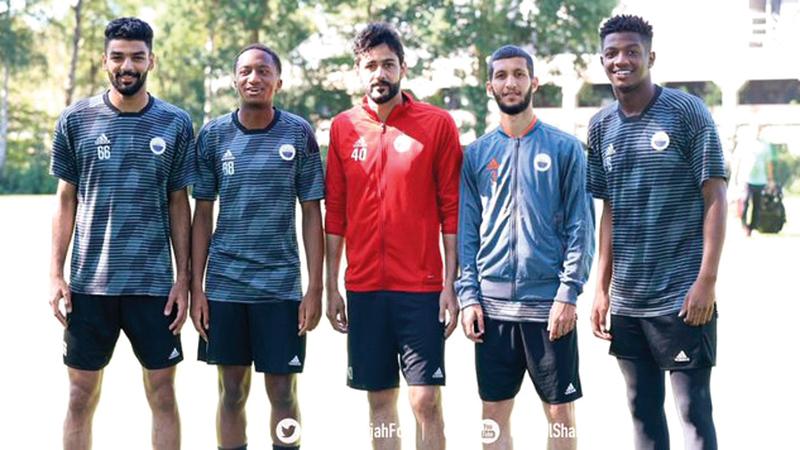 خماسي الشارقة في المنتخبين الأول والأولمبي ينضمون للتدريبات في هولندا. من المصدر