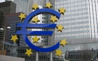 الصورة: «المركزي الأوروبي» يفتح الباب أمام خفض الفائدة