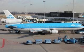 الصورة: استمرار اضطراب حركة الطيران في أمستردام بعد انقطاع الوقود