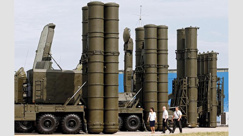 منظومة صواريخ إس-400 بدأت تصل إلى تركيا.  يو.بي.آي