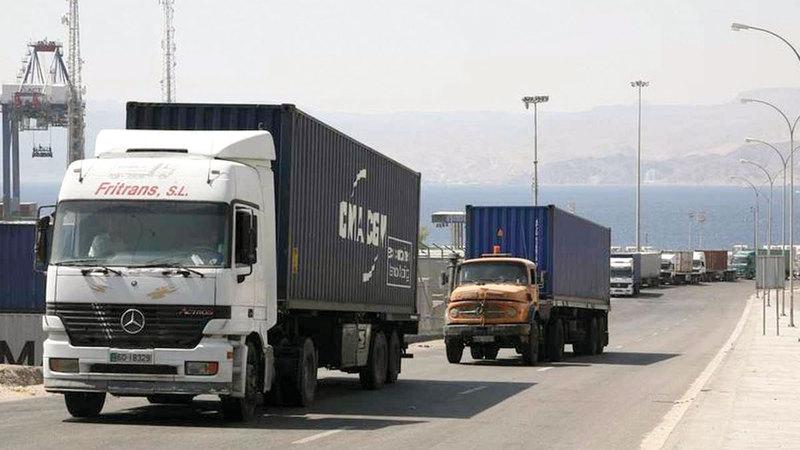 شاحنات تركية محملة بالبضائع تتجه نحو العراق. غيتي