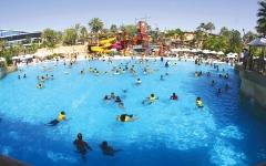 الصورة: دبي تتجاوز حرارة الصيف بجاذبية «الفعاليات» و«المرافق» و«الخدمة»