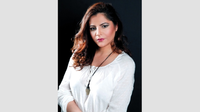 Pia Alloush: I am not a singer and Jadidi in the Egyptian dialect