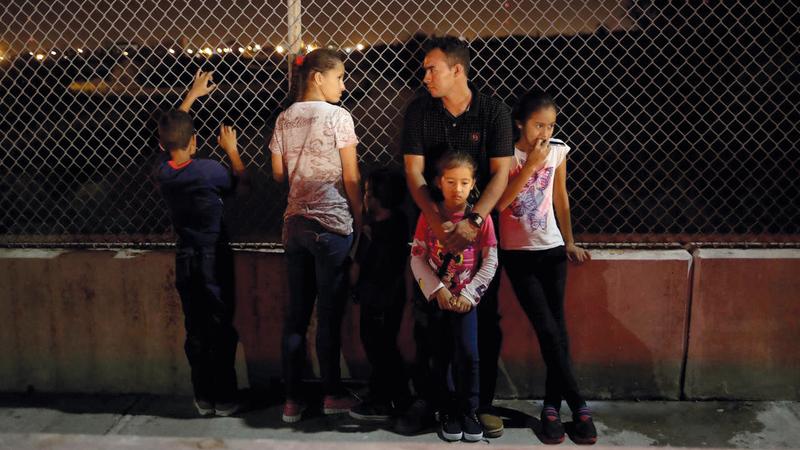 إدارة ترامب تتهم بعض آباء المهاجرين بجنح طفيفة.  أرشيفية
