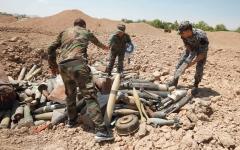 الصورة: الجيش السوري يستأنف قصف إدلب بعد وقفه العمل بالهدنة