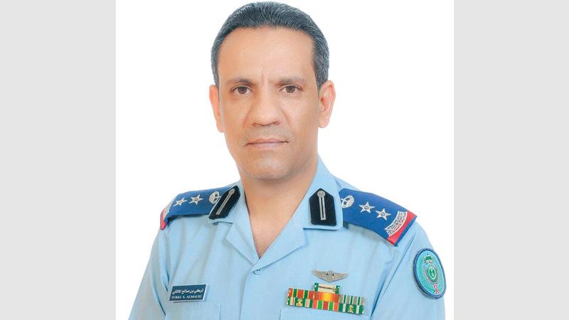 تركي المالكي: «الميليشيات الحوثية الإرهابية بدأت باستخدام أسلوب الهجوم المتزامن، بعد أن قامت بتنفيذ هجومها الإرهابي على أحد المعسكرات في عدن، بتنسيق مع (داعش)».