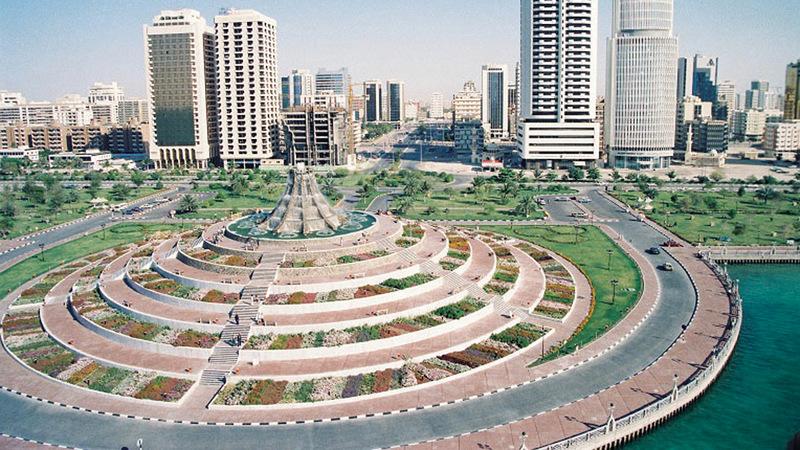 كورنيش أبوظبي يحكي فصولاً من قصة مدينة - حياتنا - جهات ...