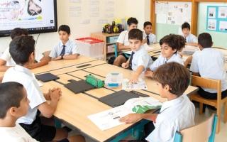 الصورة: ذوو طلبة يقترحون 7 لغات لتدريسها في المدرسة الإماراتية