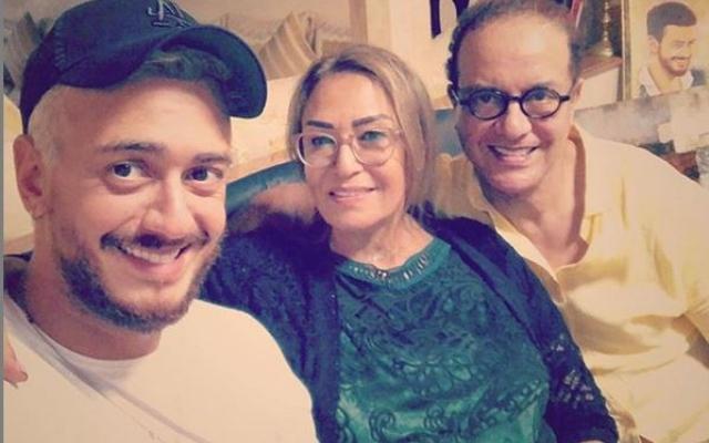الصورة: سعد لمجرد يعود للمغرب وأحضان الوالدين.. ويعلّق بـ 9 كلمات