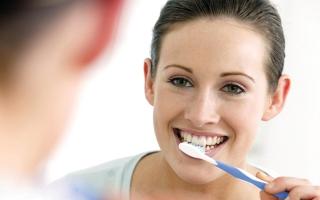 الصورة: نصيحة للحامل: العناية بالأسنان تجنبكِ مخاطر