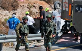 الصورة: شهيد فلسطيني وإصابة مستوطنين بعملية دهس جنوب بيت لحم في الضفة