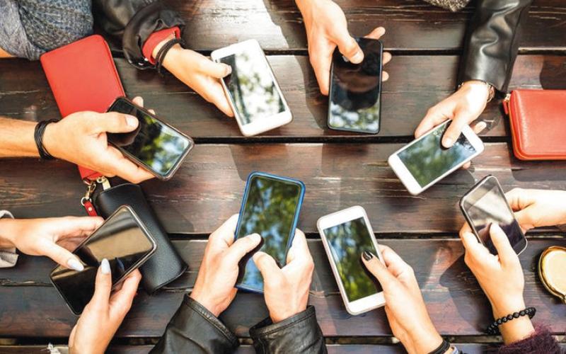 الصورة: تقرير: 2019.. الأفضل في سوق الهواتف الذكية
