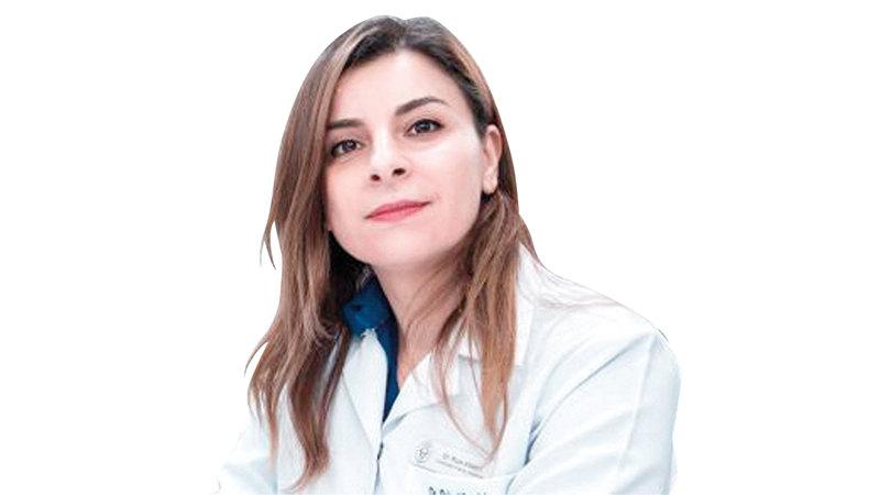 الدكتورة رولا البدري: «يجب أن يطلب من السائقين المصابين بأمراض مزمنة، فحص طبي دوري للتأكد من استقرار حالاتهم».