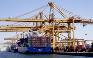 الصورة: «موانئ دبي» و«جافزا» تفتحان أسواقاً جديدة أمام الصادرات الهندية