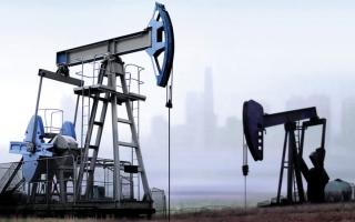 الصورة: النفط يصعد مع تنامي الآمال في انفراجة بأزمة التجارة الصينية الأمريكية