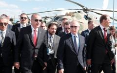 الصورة: موسكو وأنقرة تتشاطران «قلقاً بالـغاً» حيال إدلب.. وتتفقان على ضرورة بقاء «سوريـة موحدة»