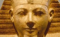 الصورة: «نفرو سوبك».. ملكة حكمت مصر القديمة