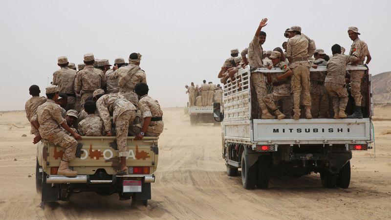 قوات من الشرعية اليمنية في إحدى المناطق بمأرب.  رويترز