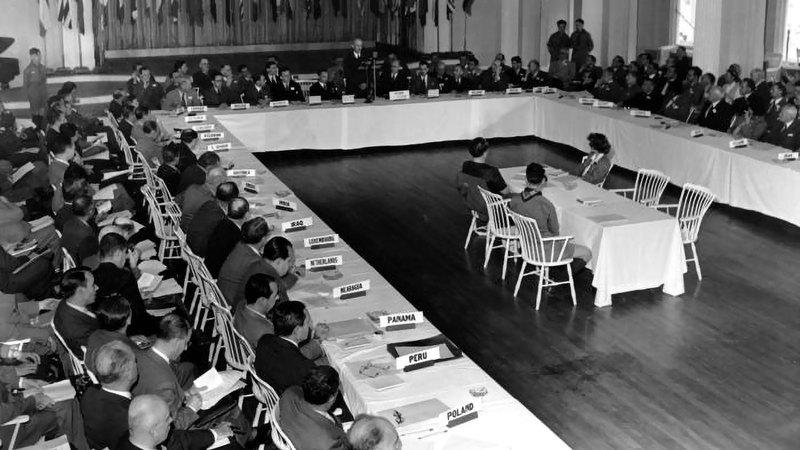 حلــول الذكــرى الـ75 لمؤتمــر بريتــون وودز، الــذي عقــد فــي يوليــو 1944، كان مناســبة لتقييــم أداء النظــام الاقتصــادي العالمــي الــذي وضــع المؤتمــر اللبنــات الأولــى لــه، واســتعراض التحديــات التــي تواجهــه.  أرشيفية