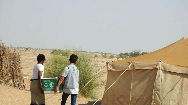 خلال توزيع المساعدات. واس