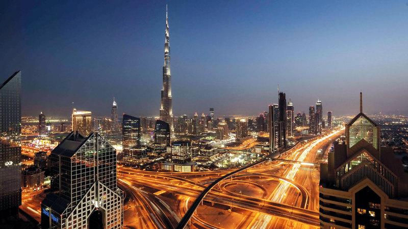 تقدم الإمارات على المؤشرات الاقتصادية العالمية وتنامي الأعمال يشير إلى مستقبل متميز. أرشيفية