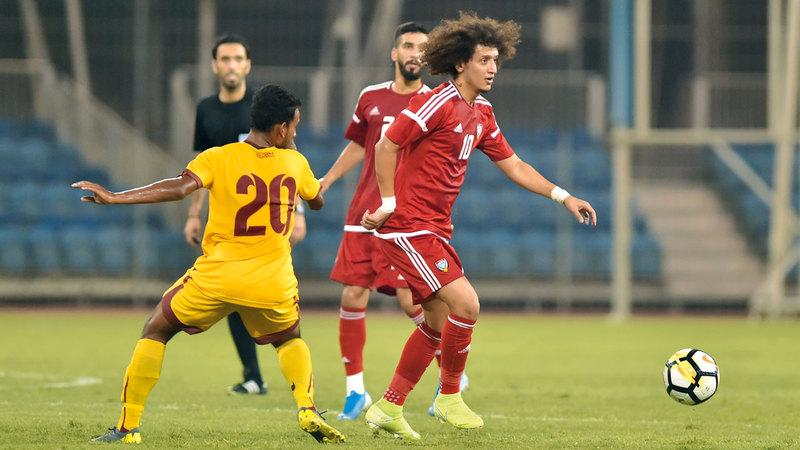 «عموري» عاد للمشاركة مع المنتخب بعد فترة غياب طويلة بسبب الإصابة. من المصدر