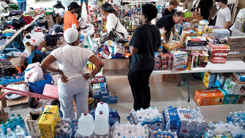 تبرعات لإغاثة متضرري إعصار «دوريان» تم جمعها في فلوريدا. أ.ف.ب