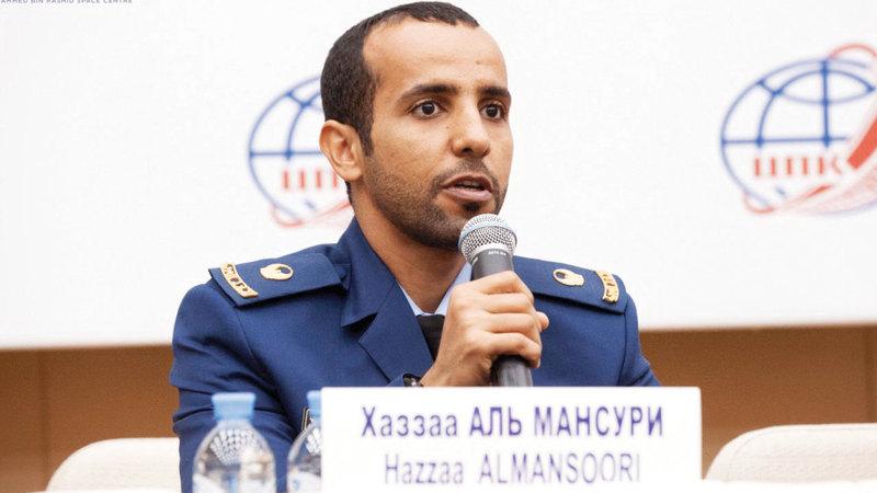 المنصوري:  «أحضر بالزيّ العسكري لأشكر القوات المسلحة  الإماراتية، والقوات الجوية التي أفتخر  بالانضمام إليها».