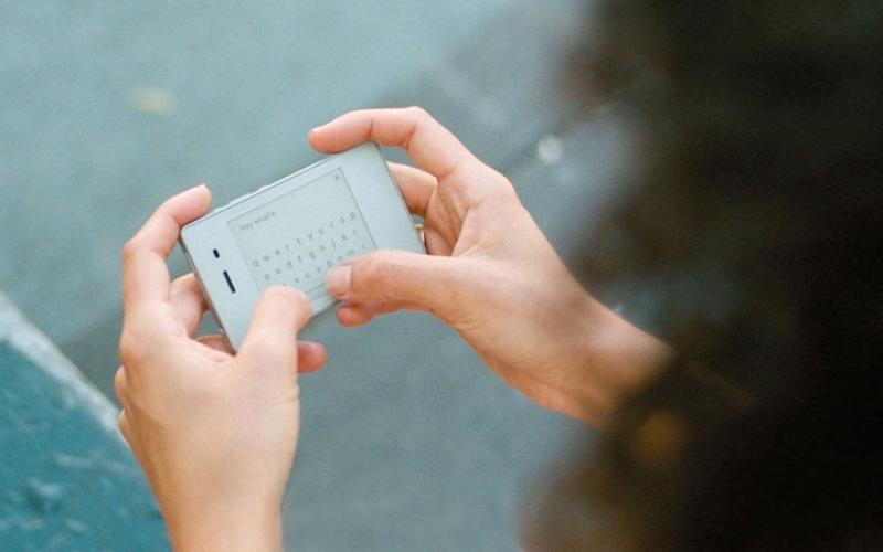 الصورة: «لايت» تطرح الجيل الثاني من هواتفها مع تحسينات جديدة