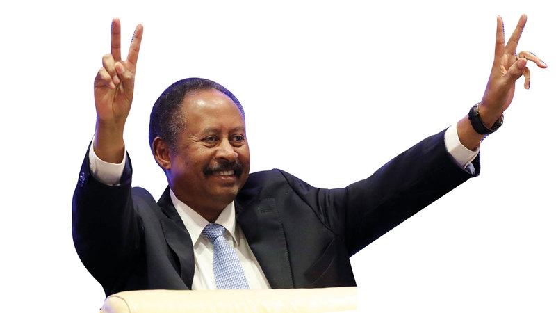 رئيس الوزراء السوداني عبدالله حمدوك بعد إعلان تشكيلة حكومته. إي. بي.أيه