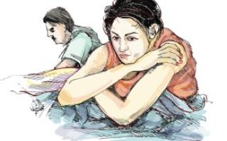 الصورة: محتال «النساء» يستدرج ضحاياه عاطفياً ويسرق أموالهن