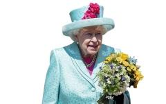 الصورة: ملكة بريطانيا تستخدم أدوات مائدة قديمة في قصر باكنغهام