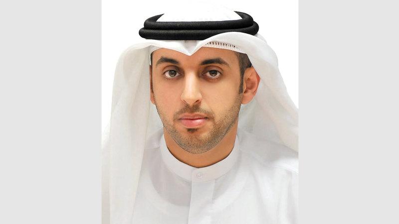 الدكتور راشد النعيمي: «قانون الإعلام  الإلكتروني يحظر أن يروّج أي شخص على منصات التواصل  الاجتماعي مقابل  أجر من دون ترخيص».
