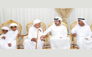 مكتوم بن محمد وهزاع بن زايد وشيوخ يعزون في شهداء الوطن