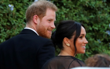 الصورة: الأمير هاري وزوجته ميغان وإيفانكا ترامب يحضرون زفاف مصممة الأزياء ميشا نونو