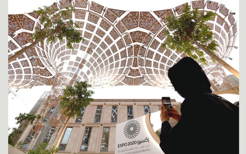 الصورة: تطورات سريعة في حركة الإنشاءات داخل موقع «إكسبو 2020 دبي»