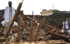 الصورة: زلزال باكستان.. دمار وتشققات ومنازل سوِّيت بالأرض
