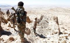 الصورة: مقاتلات «التحالف» تدمّر مخازن أسلحة ومواقع حوثية في صعدة وحجة