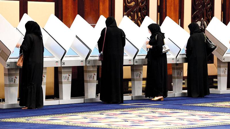 إقبال كبير من النساء للإدلاء بأصواتهن في دبي. تصوير: باتريك كاستيلو