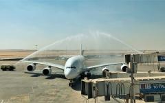 الصورة: لأول مرة..أكبر طائرة ركاب في العالم تهبط بمطار القاهرة قادمة من دبي