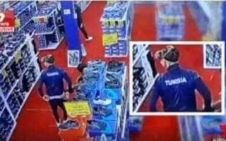 الصورة: بالفيديو.. لاعبو منتخب عربي يسرقون أحذية من متجر بقيمة 3000 دولار