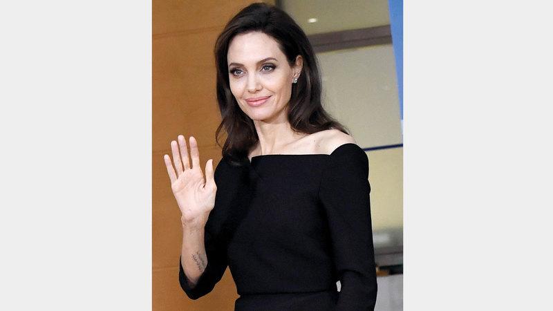 أنجلينا جولي اقترحها جونسون للعب دور أساسي في الفيلم.  أ.ف.ب