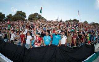 """الصورة: تطورات جديدة في أزمة مباراة الأردن والكويت.. و""""الرزاز"""" يتدخل"""