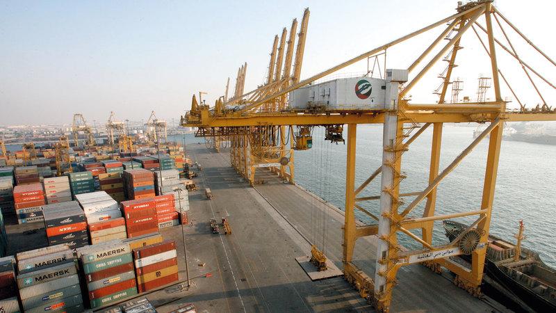 موانئ ومطارات دبي أصبحت منصة عالمية رئيسة لتسهيل انتقال التجارة بين الشرق والغرب. الإمارات اليوم