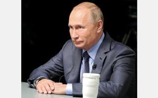 الصورة: بوتين: الإمارات تسهم بدور مهم في حل أزمات المنطقة