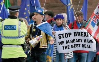 الصورة: تحسّن فرص إجراء استفتاء ثانٍ على «بريكست»