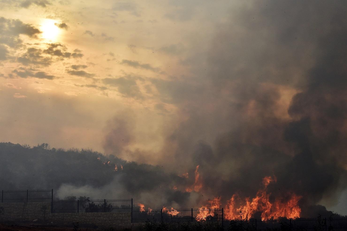 الحرائق في لبنان