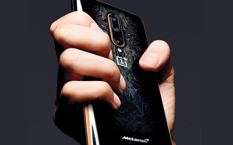 الصورة: «وان بلس» تكشف عن إصدار «ماكلارين» من هاتفها الجديد