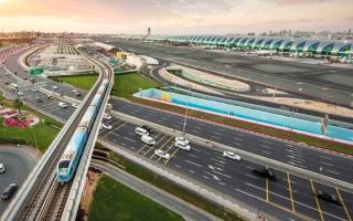 الصورة: مطارا «دبي» و«آل مكتوم» يحقّقان مستوى جديداً في تقليل انبعاثات الكربون